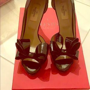 Black Valentino bow tie heels